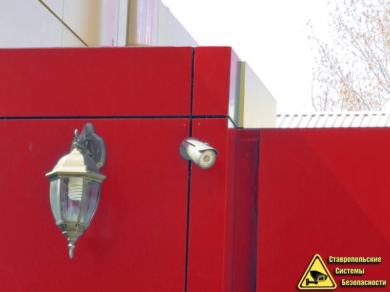 В Москве грабитель взорвал банкомат